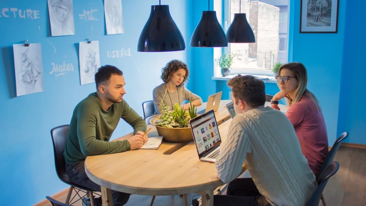 Teamwork in high-performance organizations