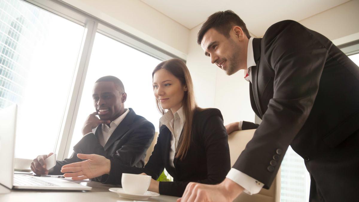 Your Internal Customer Service Attitude