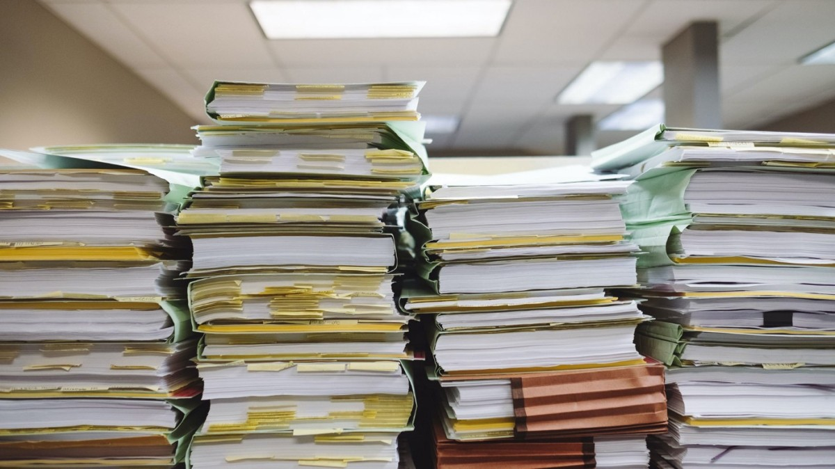 The Few Effective Rules of Managing a Ton of Files and Emails
